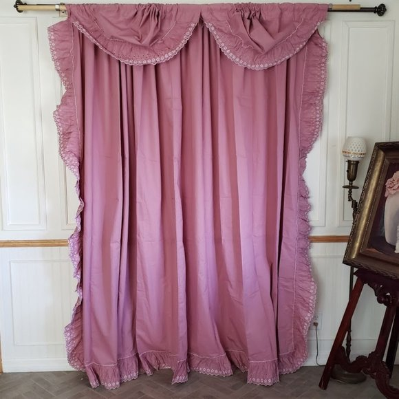Vtg  Curtain Panel Ruffled Pink Eyelet Trim 124W